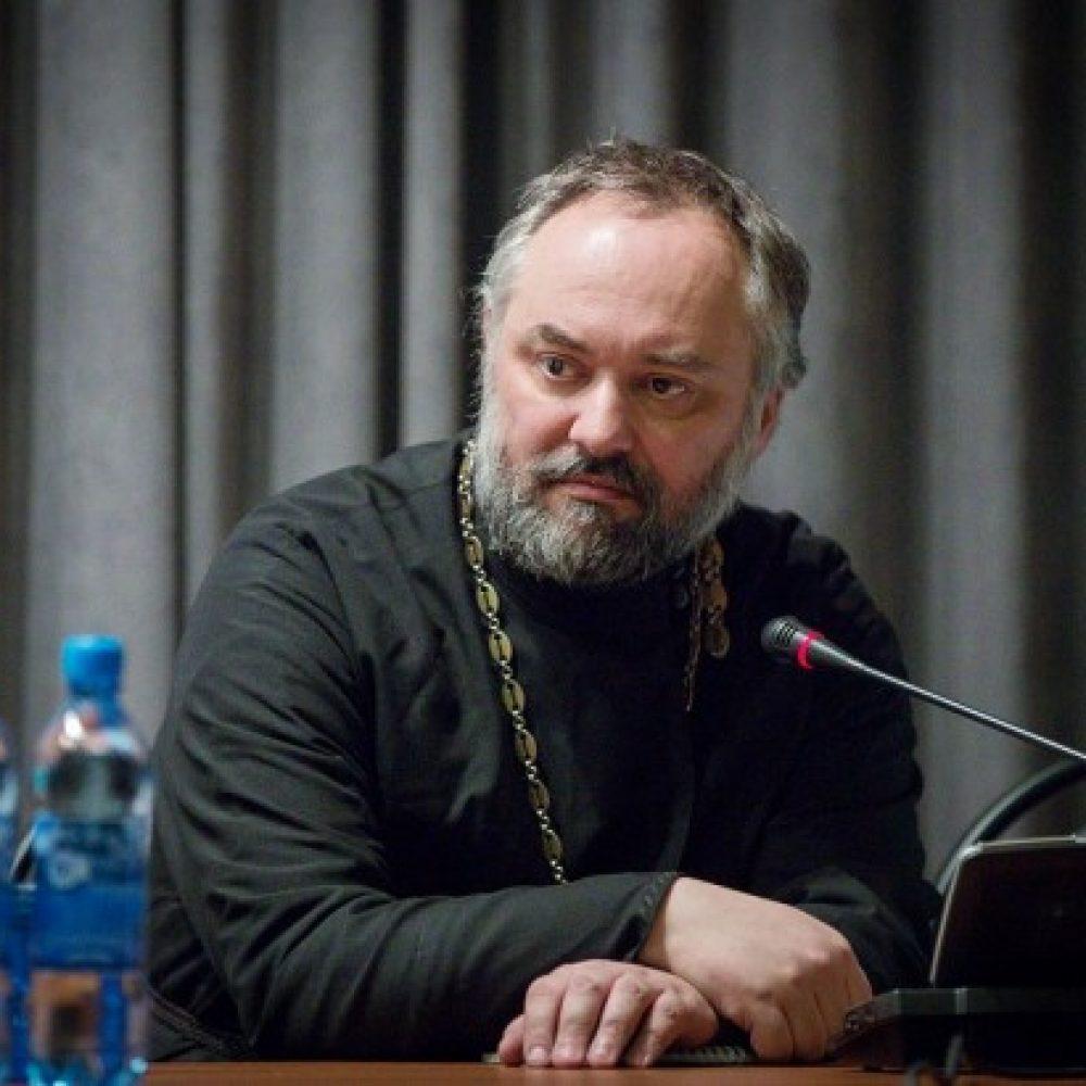 Dejó Inglaterra para ser sacerdote en Rusia. La historia del Padre Christopher Hill